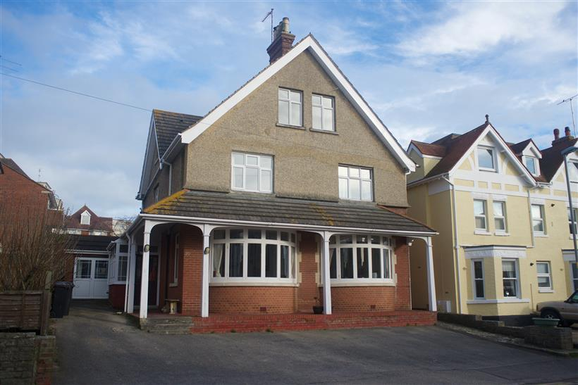 Detached House With Income Potential
