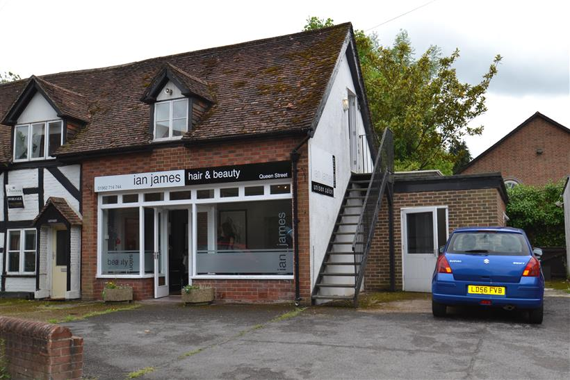 Goadsby Commercial Sell Freehold Retail Investment In Twyford