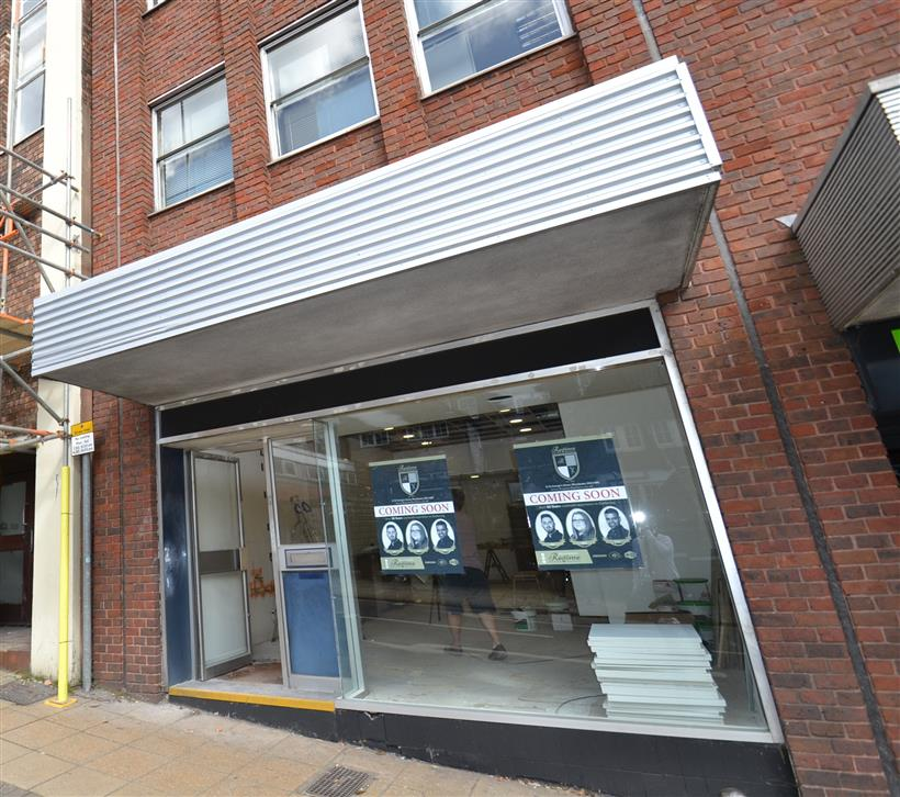 Goadsby Commercial Let Another Retail Unit in Winchester City Centre
