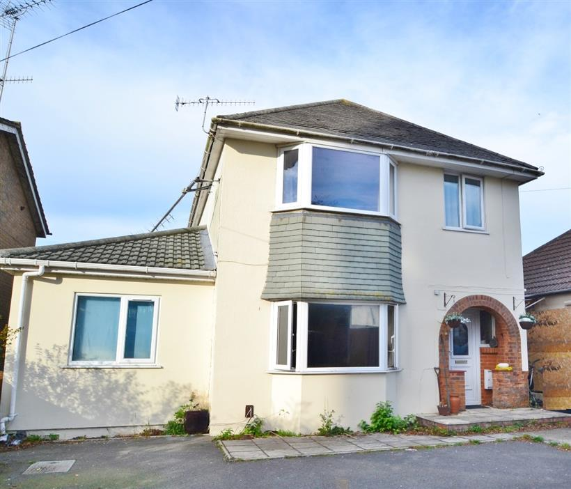Family Home – Poole
