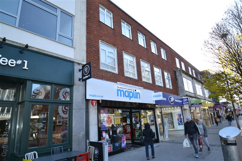 Goadsby Let Prominent City Centre Retail Unit