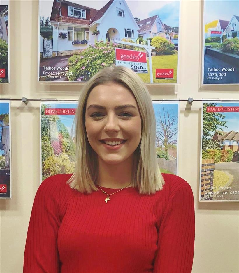 Rebecca Joins Bournemouth Sales Team