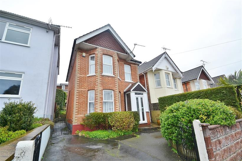 Family Home in Sought-After School Catchment