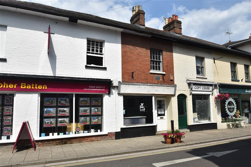 Town Centre Retail Premises Sold in Wimborne