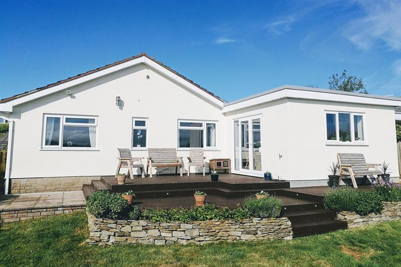 3 Bedroom Extended Detached Bungalow