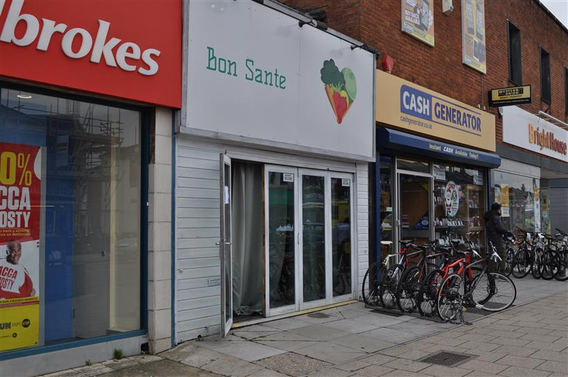 Goadsby Commercial Bring Retail Unit In Shirley High Street, Southampton To The Market