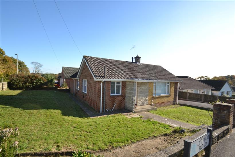 Another Let Agreed in Broadstone!